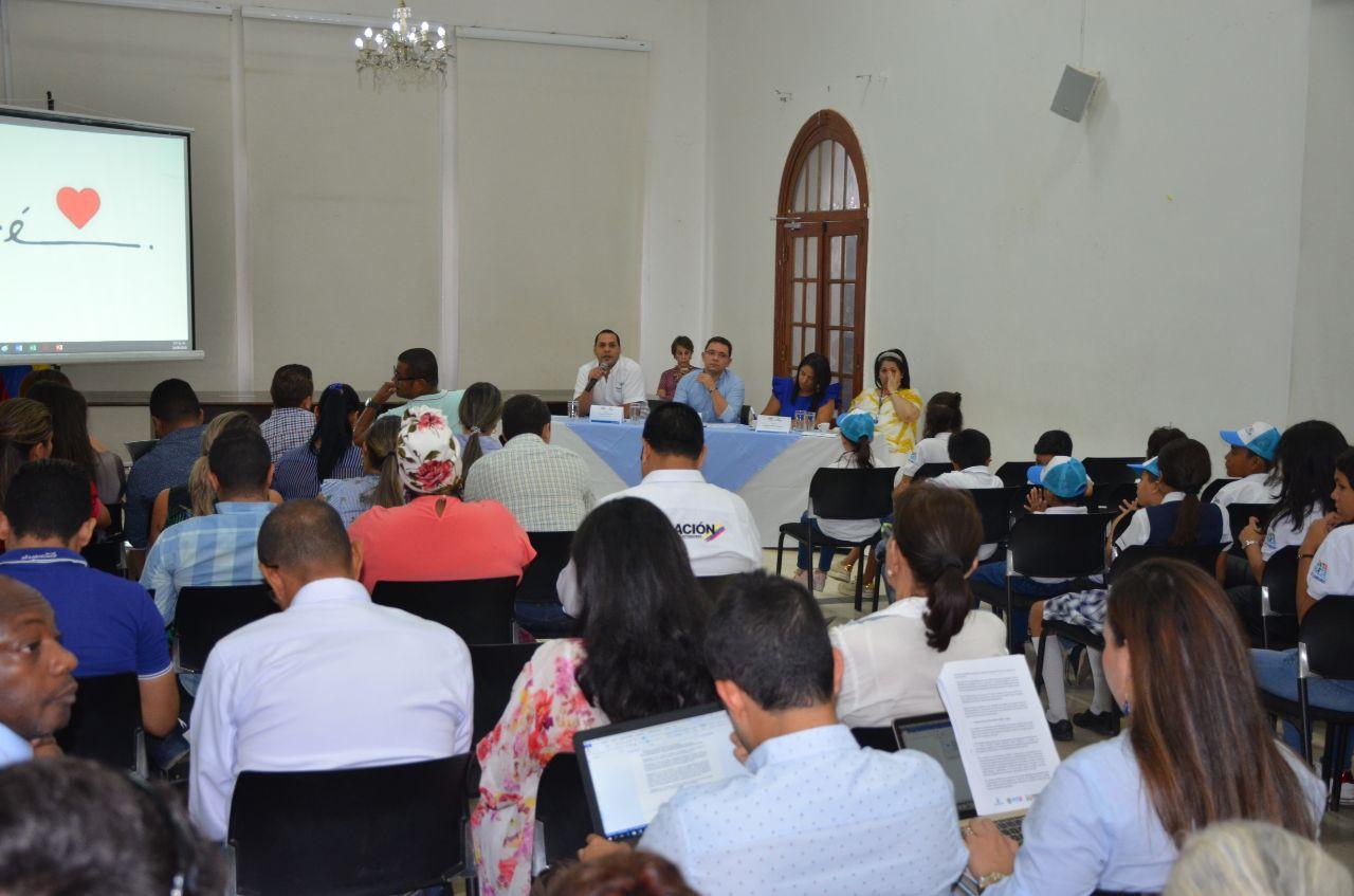 Distrito abordó el tema de migrantes venezolanos en  Consejo de Política Social