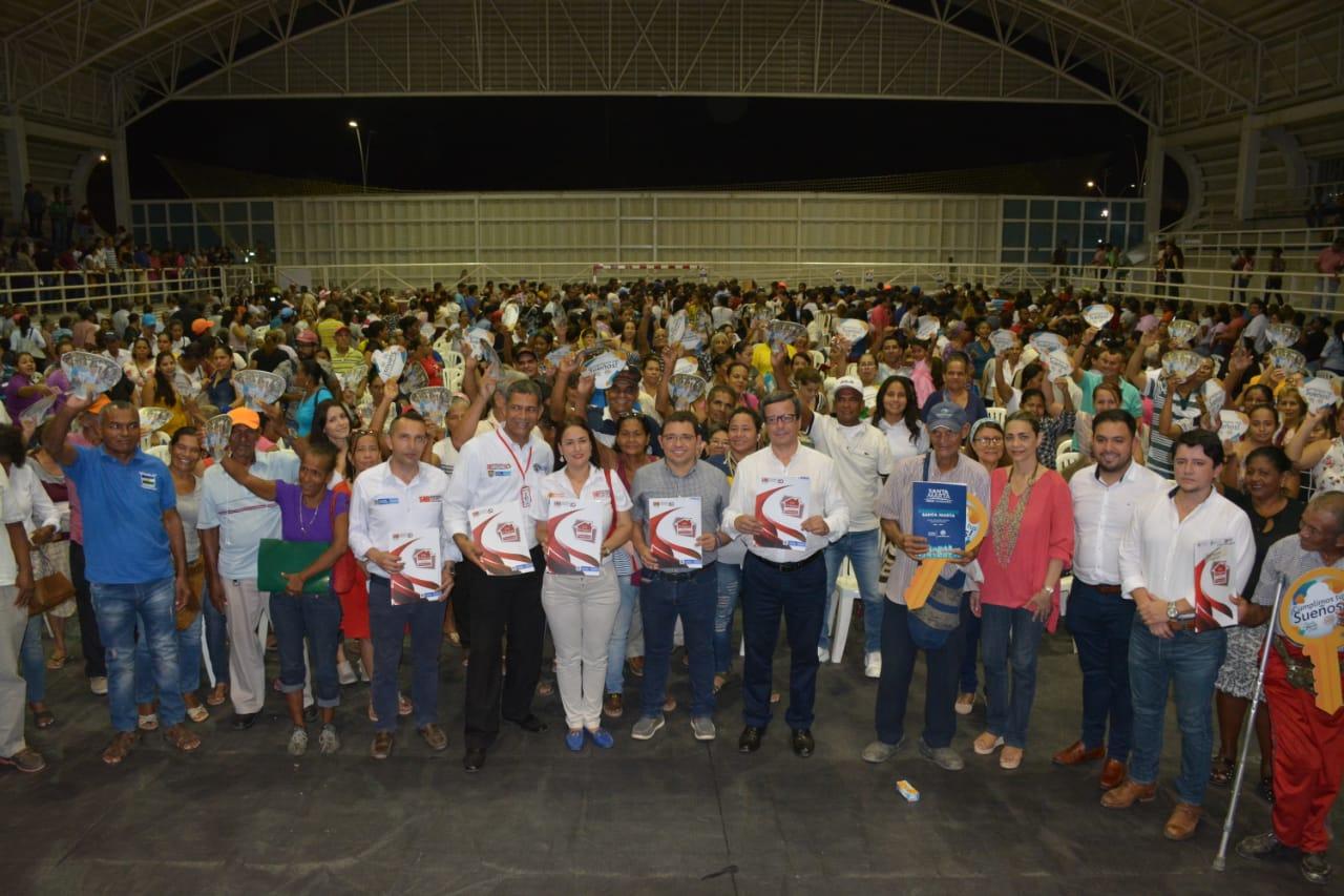 Supernotariado destaca entrega de mil títulos de propiedad a familias samarias por la Alcaldía del Cambio