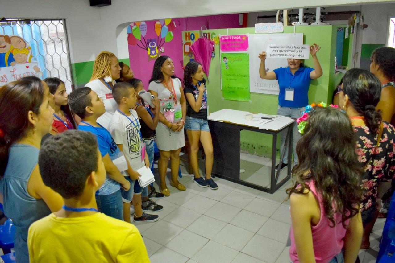Más Familias fuertes en el Distrito de Santa Marta