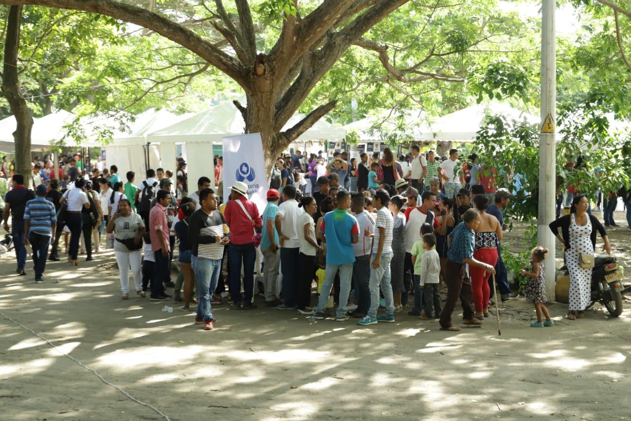 Primera vez en la historia 20 entidades del Estado, incluida la Alcaldía se toman la Troncal del Caribe para llevar oferta institucional