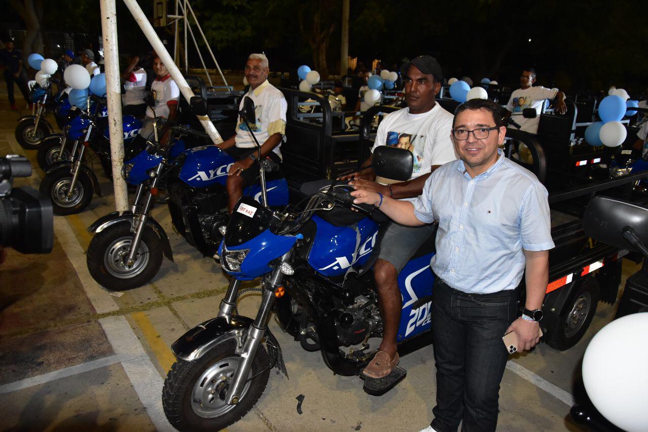 """""""Estamos cambiando vidas y realidades"""": Alcalde Rafael Martínez"""