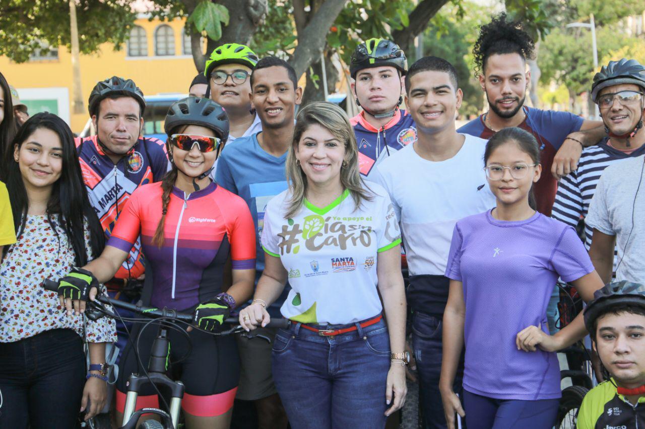 Santa Marta se movilizó masivamente en bus, bicicleta y hasta en patines en exitoso Día sin Carro