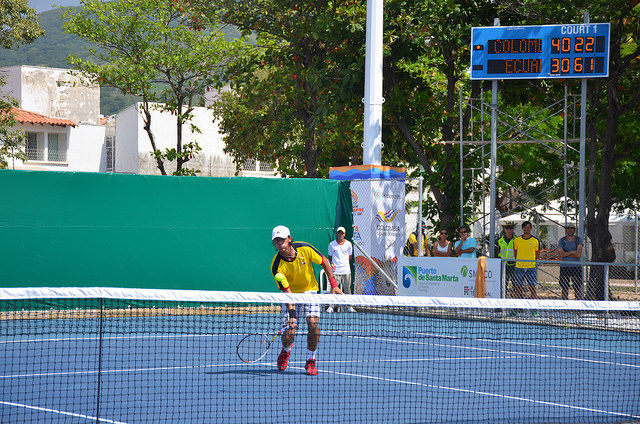"""El tenis """"10"""" se tomó el complejo de raquetas la """"Libertad"""""""