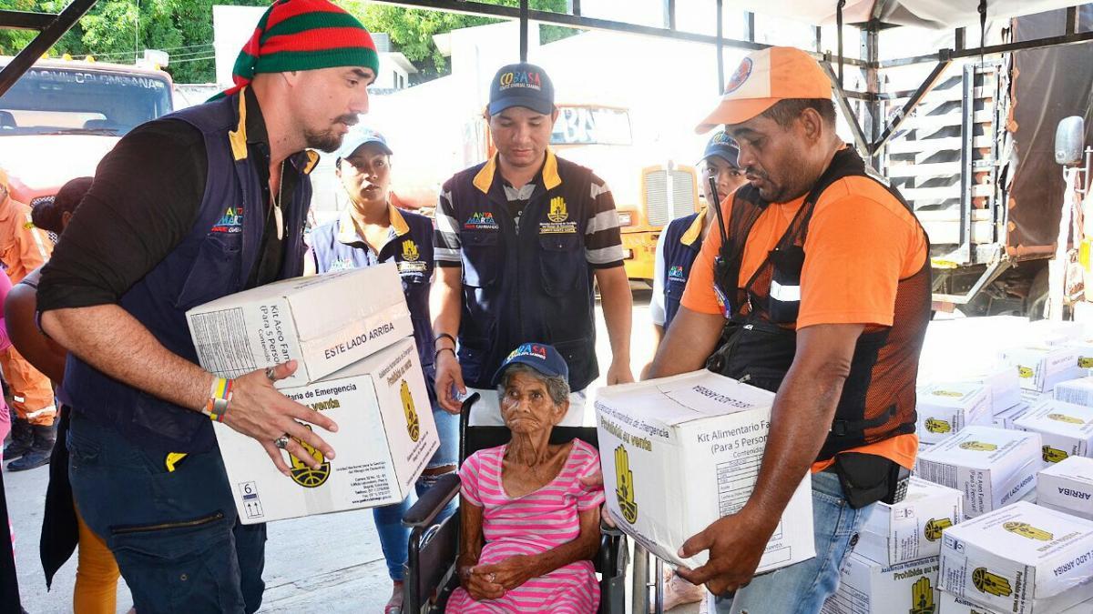 La Alcaldía de Santa lidera la  segunda entrega masiva de ayudas humanitarias