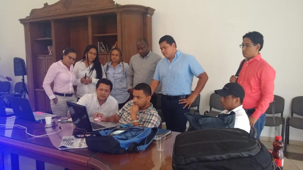 Distrito y Gobernación concertan posturas en obra de la carrera cuarta de El Rodadero