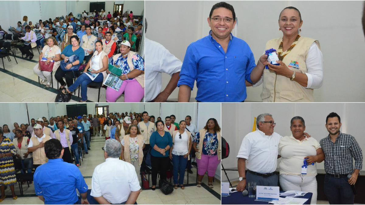 Mil carnets fueron entregados a los líderes de la Junta de Acción Comunal del Distrito