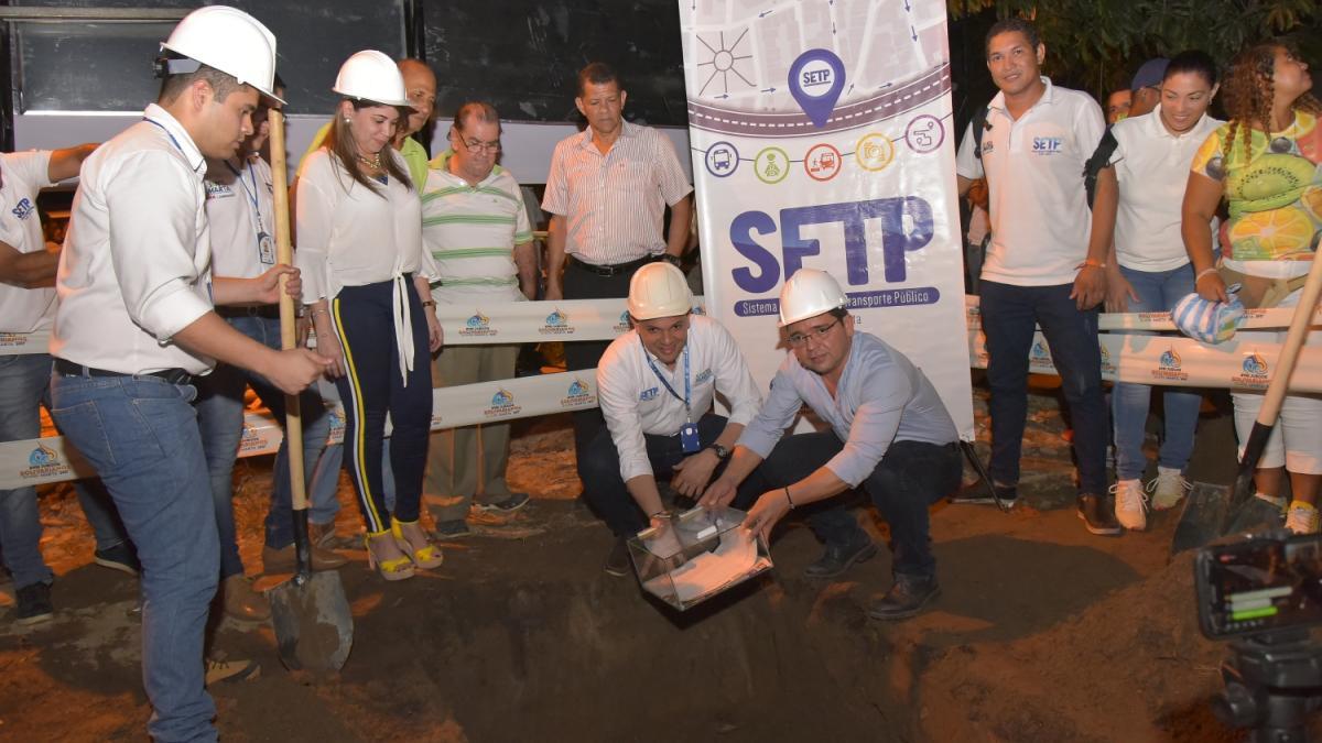 Alcalde Martínez puso en marcha construcción del puente en la terminación de la avenida Bavaria