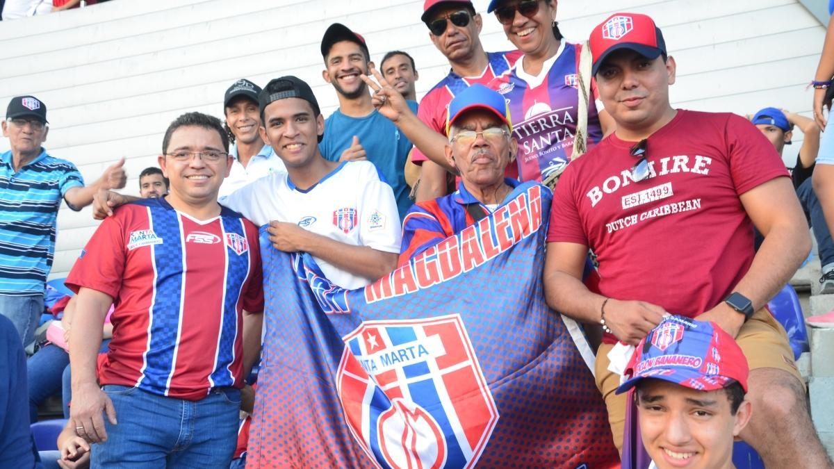 Durante partido Unión vs Nacional, Alcaldía de Santa Marta lanza estrategia 'Desplastifica tu Estadio'