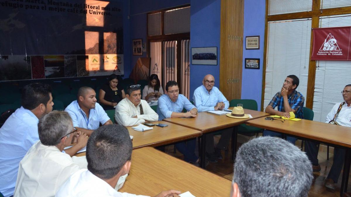 Alcalde dialogó con Cafeteros
