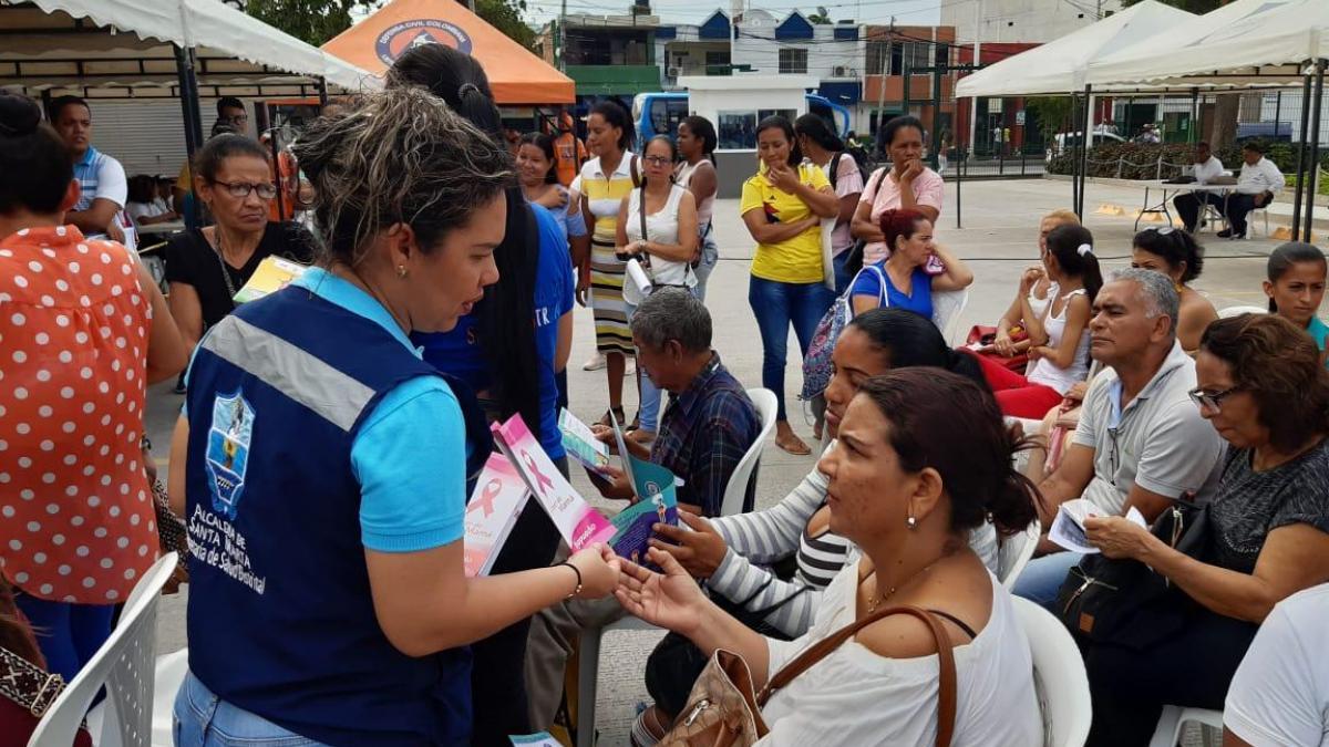 Más de 700 personas accedieron a la 'Feria de la Equidad y el Buen Vivir' en el Mercado Público