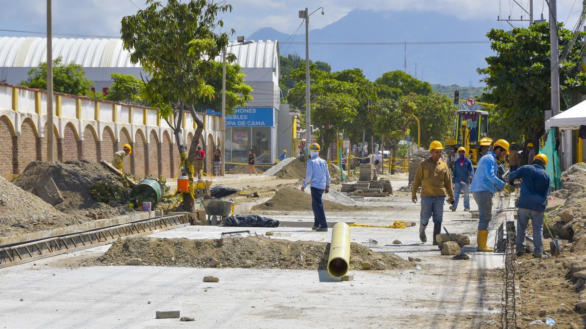 En un 52% avanzan las obras de la calle 22 y de la avenida de El Ferrocarril
