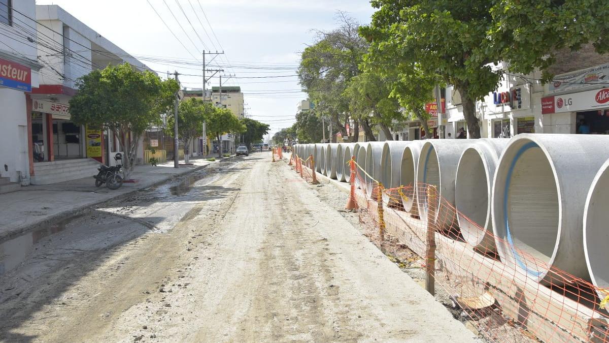 Distrito cierra la calle 22 entre carrera quinta y avenida de El Ferrocarril