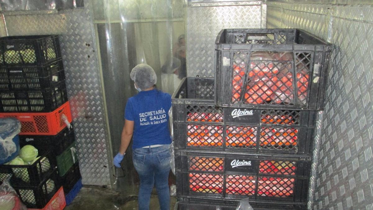 Autoridad sanitaria visita cocina de la cárcel Rodrigo De Bastidas