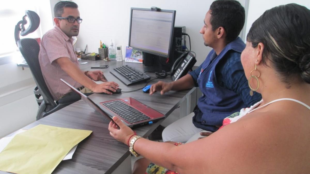 Distrito coordina cruce de información con Medicina Legal para depurar afiliados activos