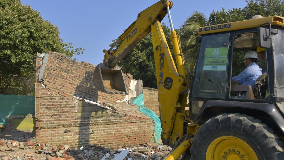 Avanza el proyecto de la ampliación calle 30: Ya van siete casas demolidas