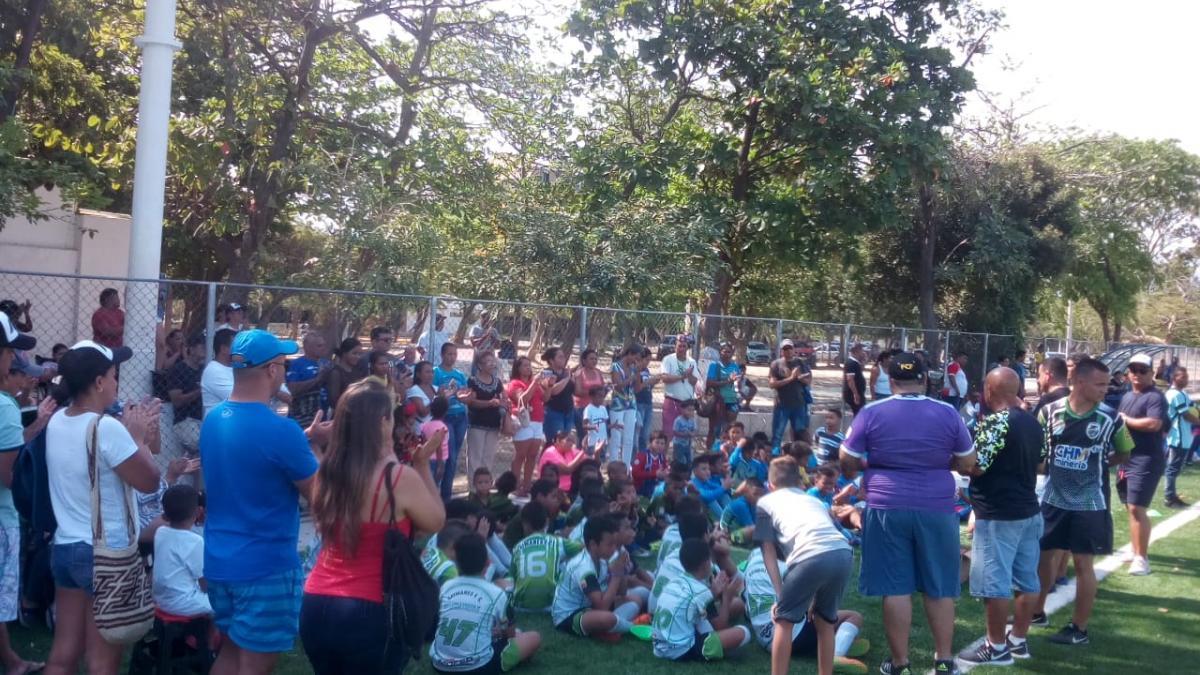 Niños de Santa Marta y Barranquilla combinaron oración y fútbol