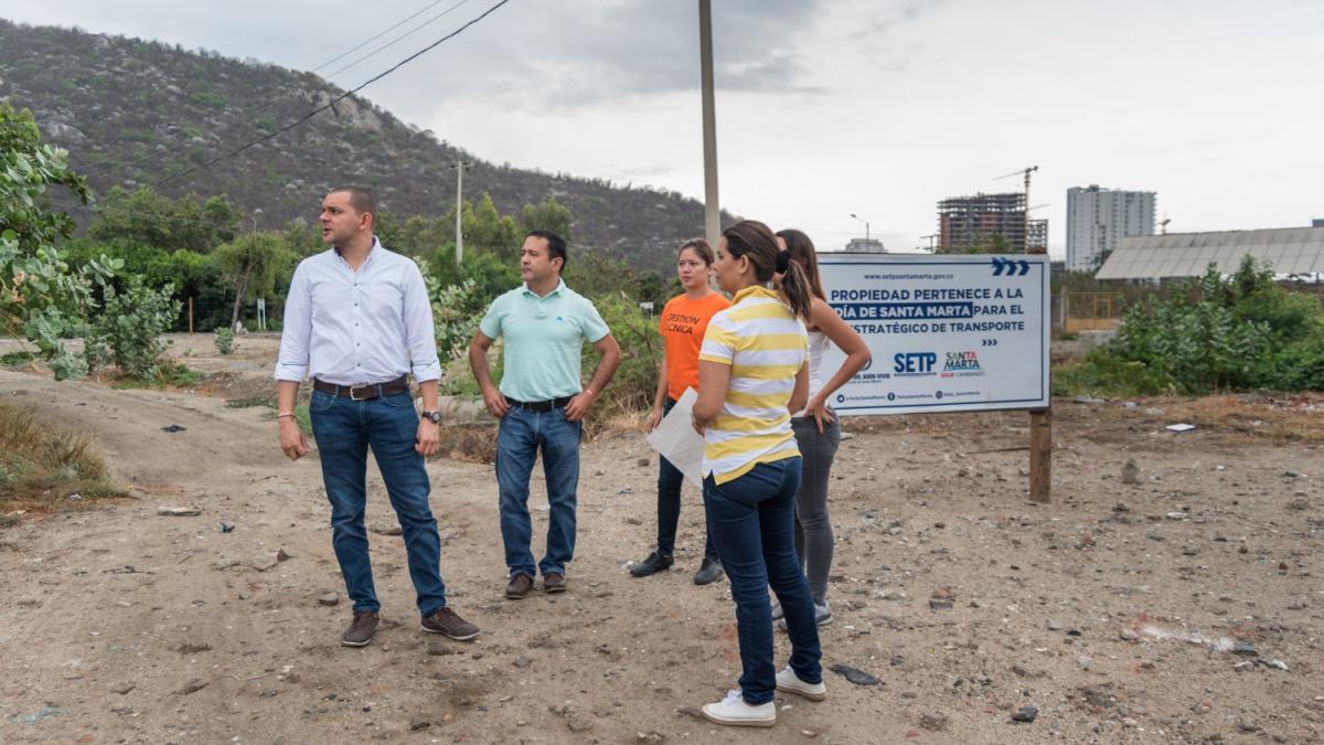 Gerente del SETP recorrió los terrenos donde se ejecutarán obras para puesta en marcha del Sistema