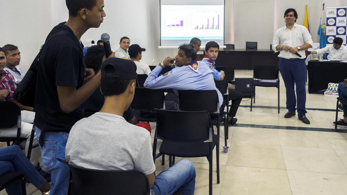 Distrito presenta avances en el tema de la prosperidad urbana para los jóvenes