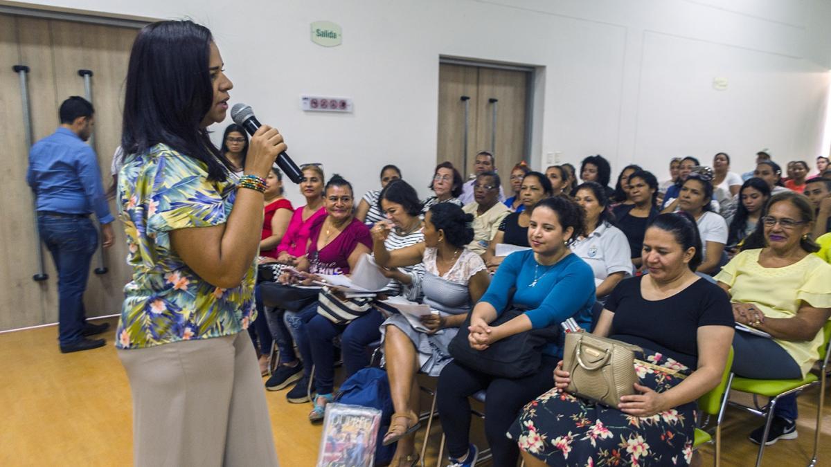 Distrito promueve nuevo ciclo de formación integral para líderes sociales