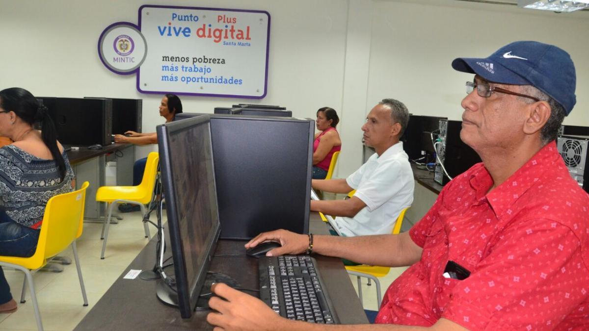 Capacítate gratis en los Puntos Vive Digital del Distrito