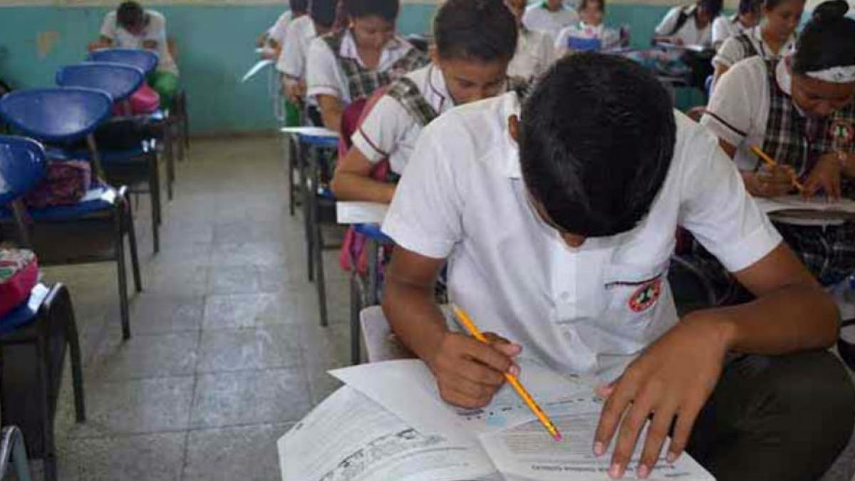 Más de 250 niños venezolanos son acogidos en colegios públicos distritales