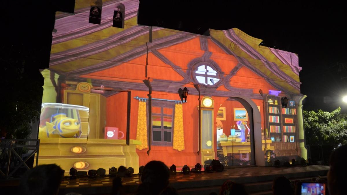 Proyección de video Mapping 'Navidad y Alegría' durante las Novenas Navideñas del Distrito