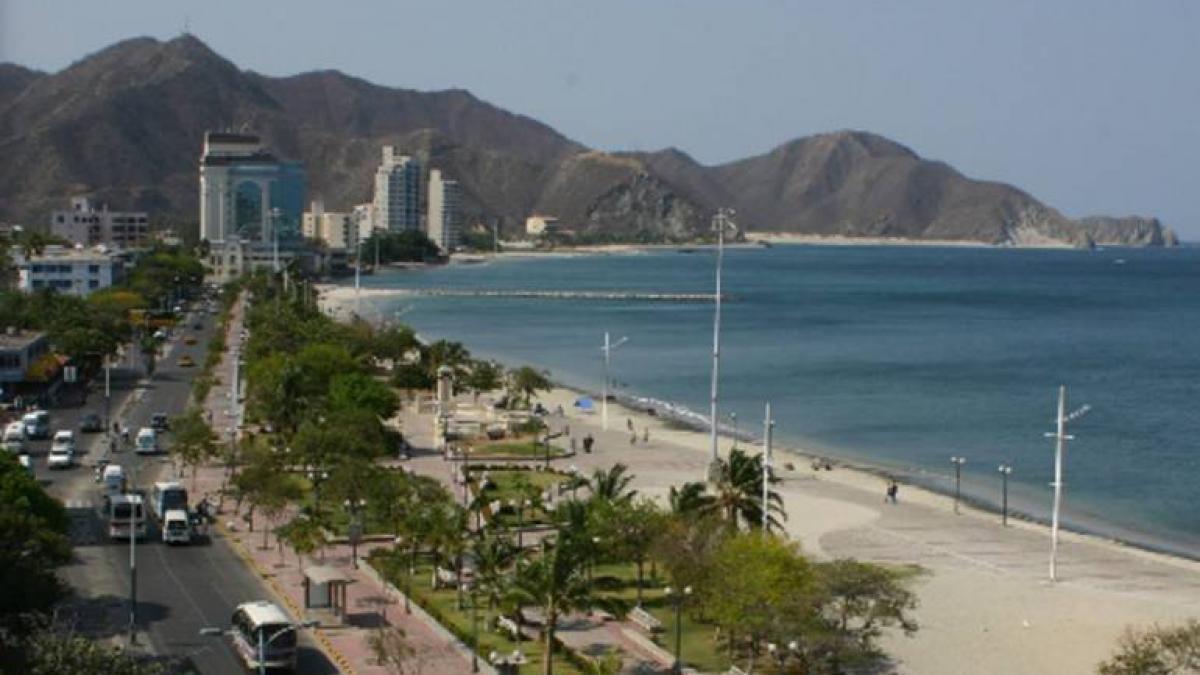 Más obras para Santa Marta, Alcalde Martínez suscribe contrato para iniciar la recuperación del Camellón Rodrigo de Bastidas