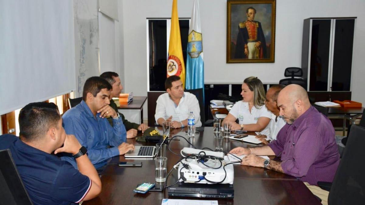 Alcalde Martínez coordina acciones para reforzar la seguridad en el Distrito