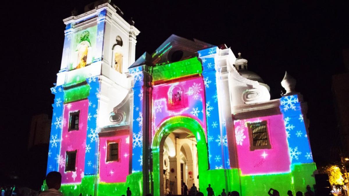 La Catedral se viste de colores con la proyección del Mapping Navideño
