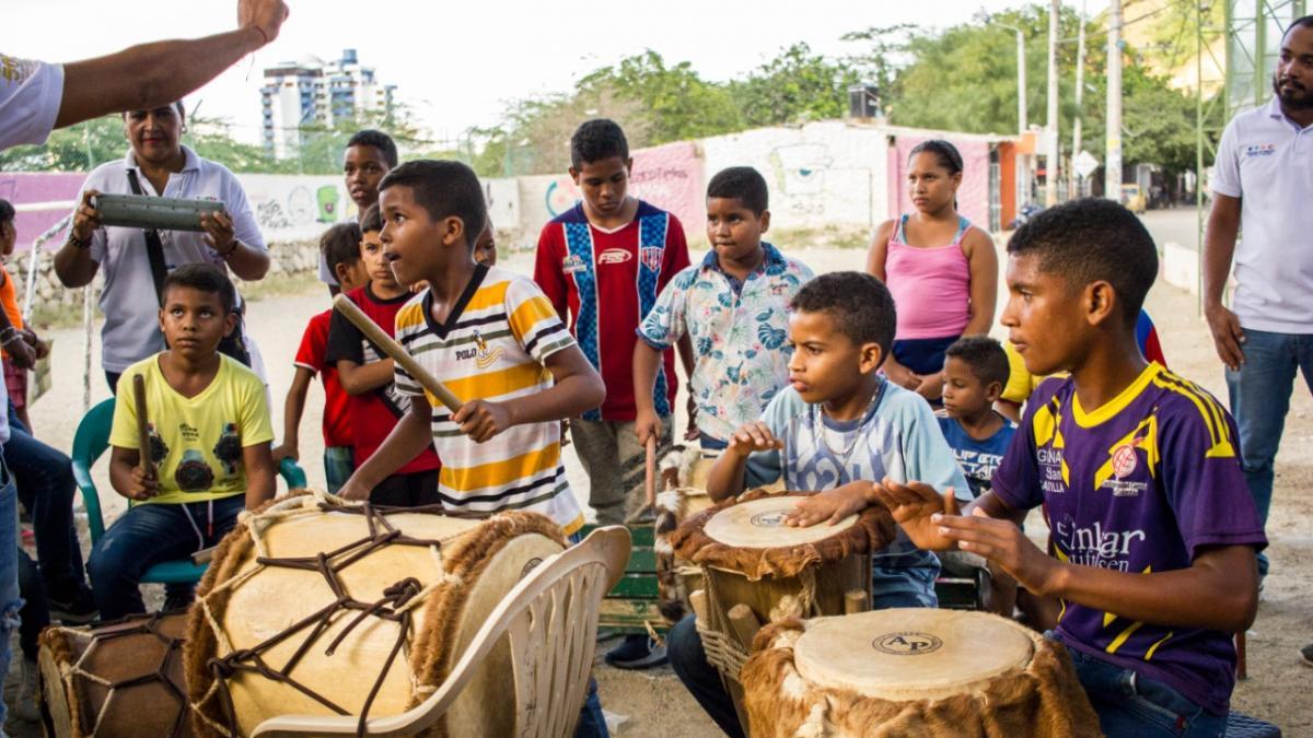 'San Pablo' vivió una verdadera fiesta de cultura con Galería Callejera de la EFAC