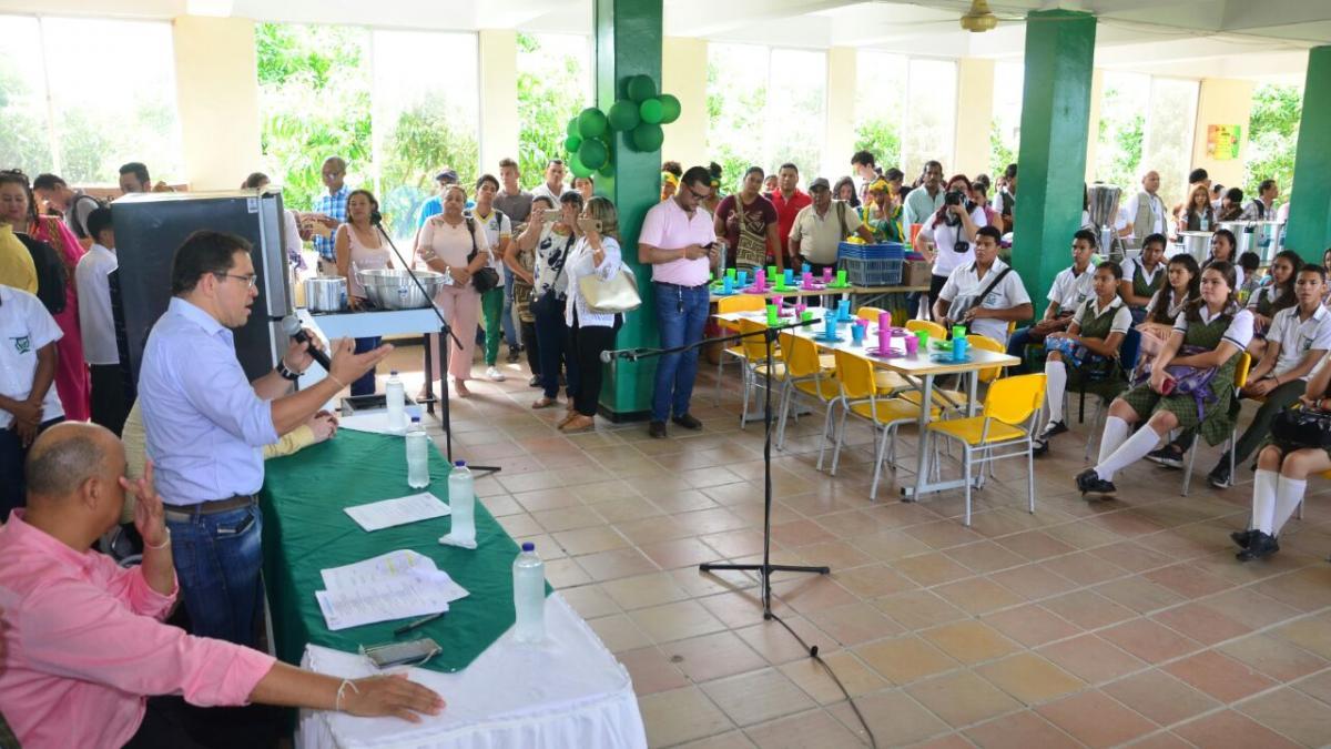 791 millones de pesos que invirtió el Distrito en dotación escolar