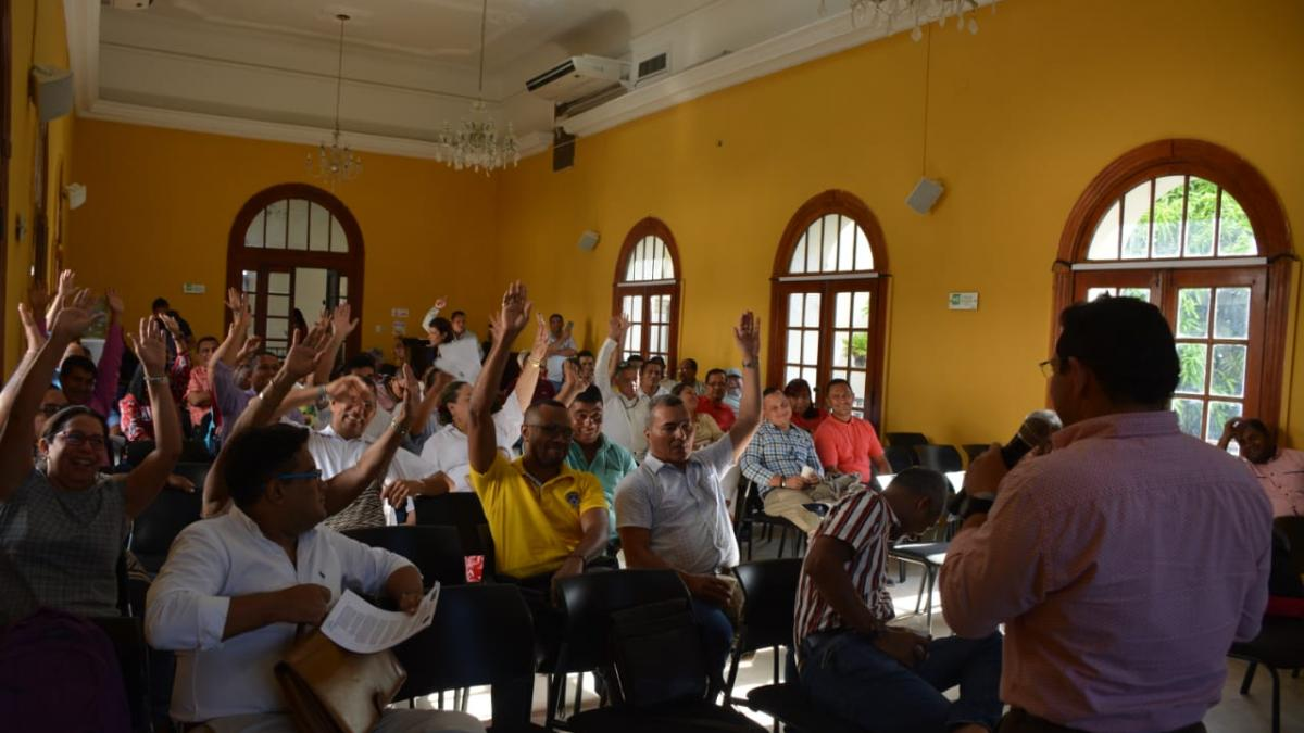 Alcalde y rectores de I.E.D. de Santa Marta analizaron temas administrativos y organizacionales de las instituciones