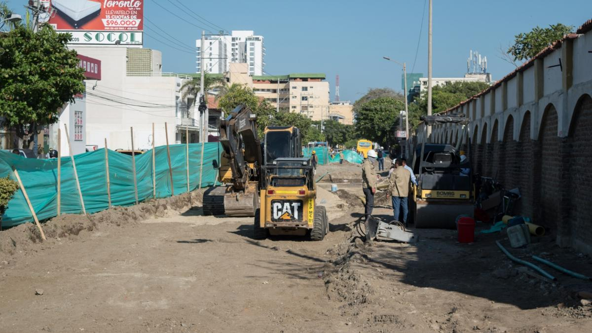 Se reinician las obras de la calle 22 y avenida del Ferrocarril