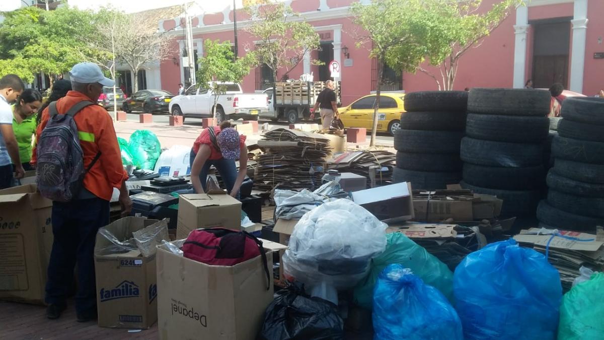 Con la entrega de 58.5 toneladas de residuos posconsumo, samarios se comprometen por una ciudad más amigable con el medio ambiente