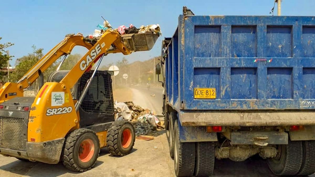 Essmar adelantó jornadas de limpieza en barrios de Santa Marta