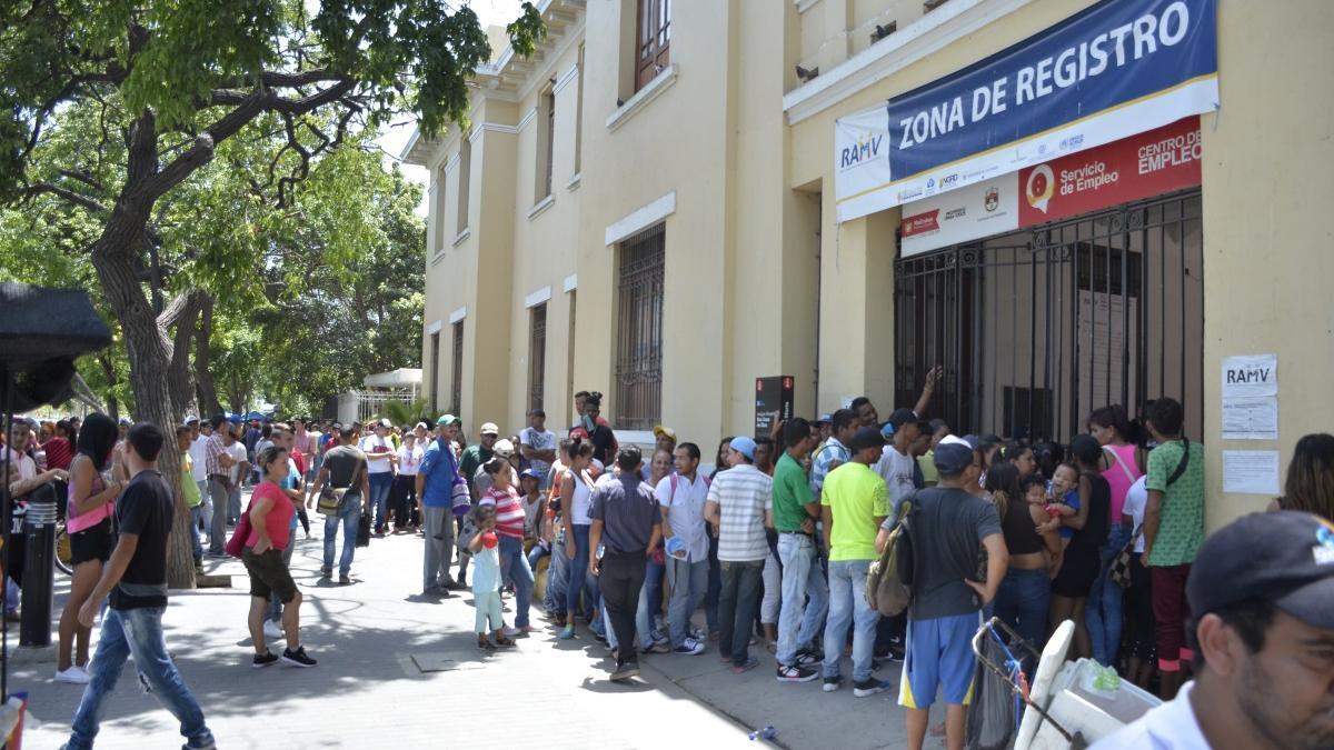Distrito cierra censo sin inconvenientes y con cientos de venezolanos satisfechos