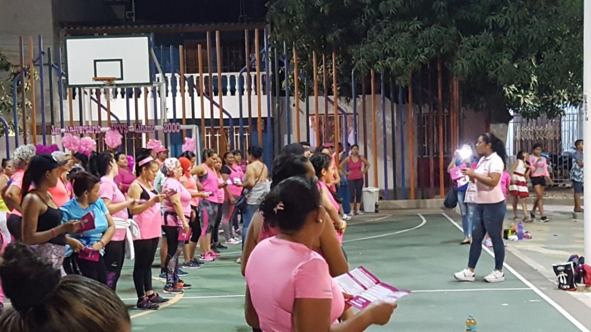 Continúan las actividades de conmemoración en el mes de la mujer y del cáncer de cérvix