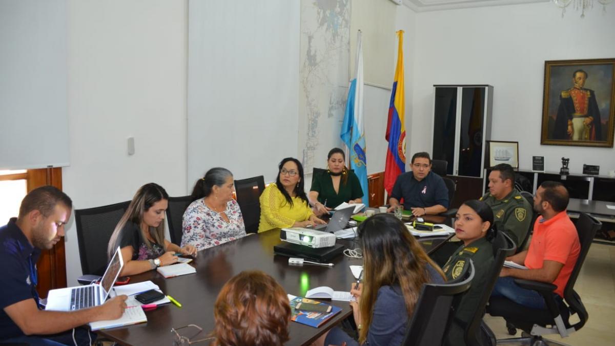 Alcalde Rafael Martínez lidera mesa para promover la formalidad