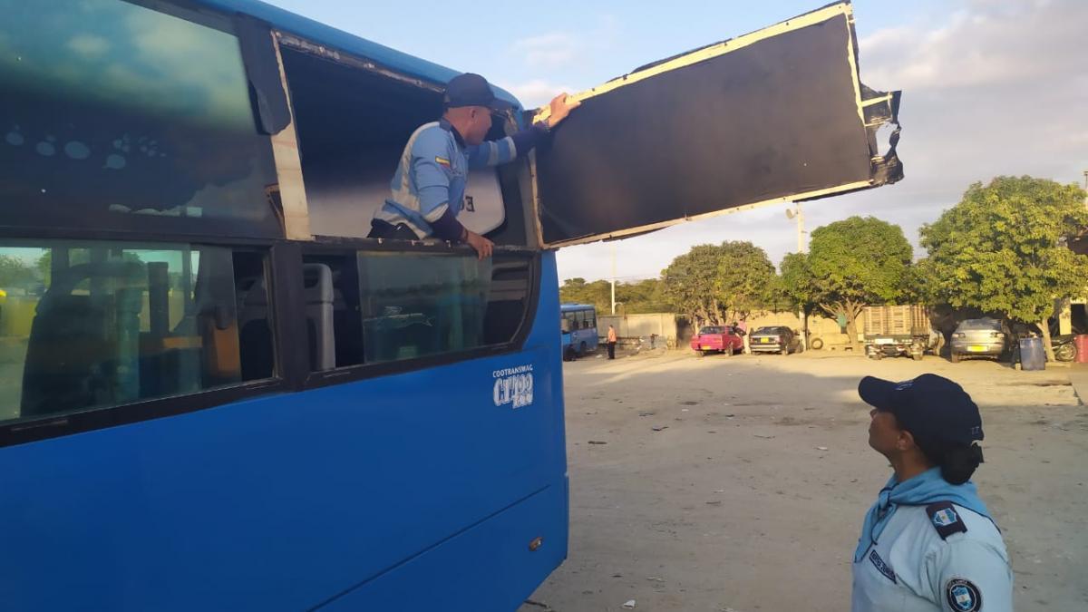 Alcaldesa ordenó inspecciones a buses de transporte público para garantizar condiciones de seguridad y optimizar el servicio