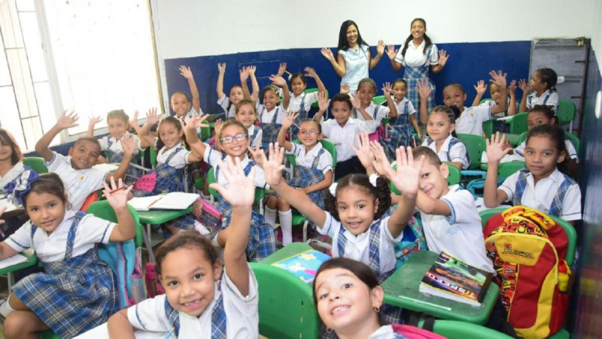 En Santa Marta se incrementa matrícula de niños y jóvenes en colegios públicos