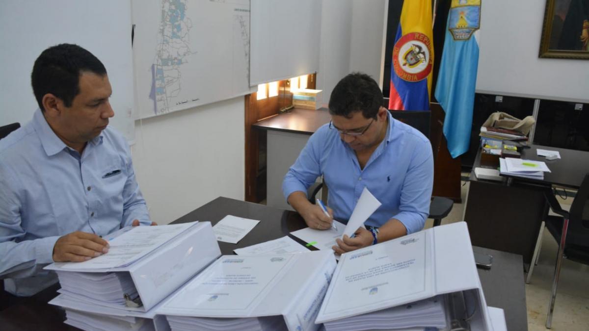 Alcaldía del Cambio radicó tres proyectos para solución a corto plazo el desabastecimiento de agua