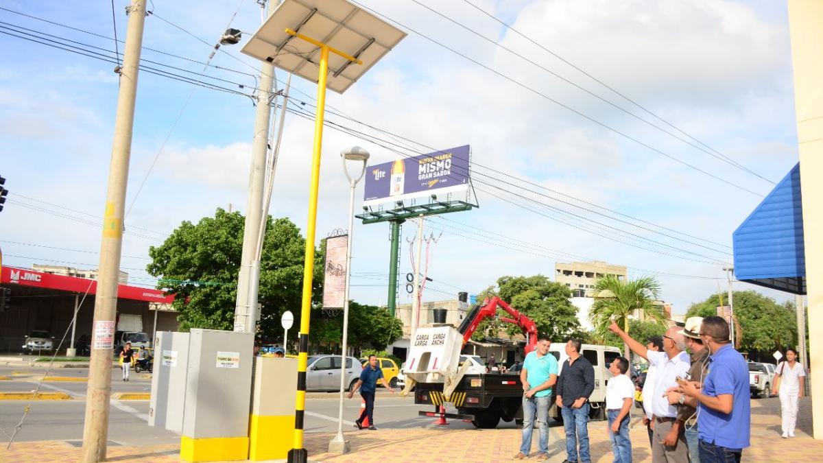 Mejor movilidad: 10 semáforos más de Santa Marta cuentan con energía Solar