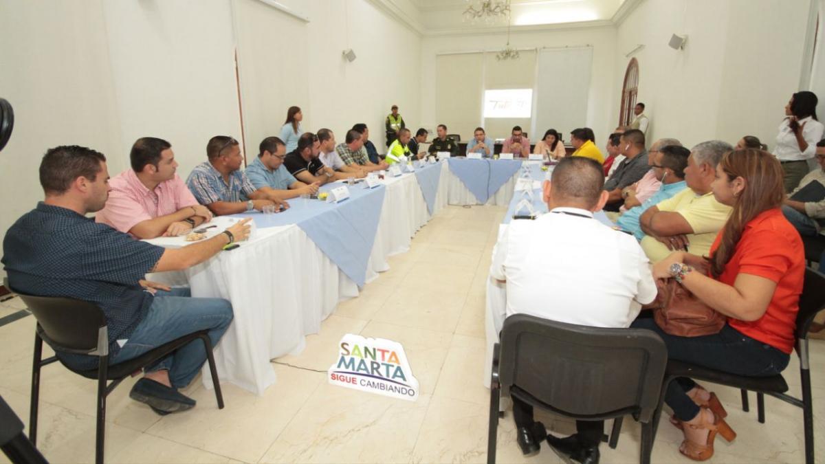 Encuentro que tuvo el Alcalde Martinez con representantes del gremio de taxistas