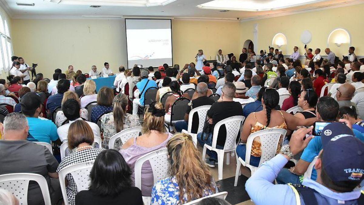 Alcaldesa presenta Plan Integral De recuperación de El Rodadero