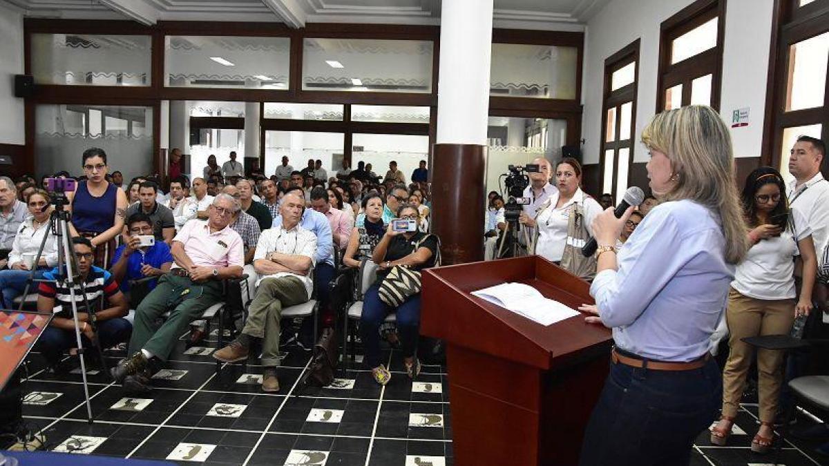 Alcaldesa solicitó garantías y transparencia en los pactos de la Audiencia Pública del Proyecto Ruta del Sol Tramo 3