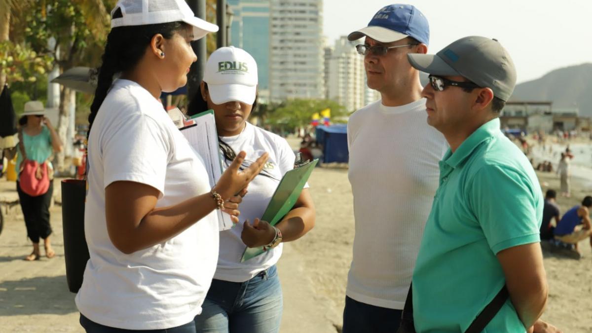 La Edus socializó a turistas proyecto de intervención del malecón de la Bahía