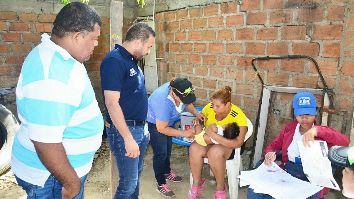 Vacunación contra el Sarampión llega al barrio Oasis