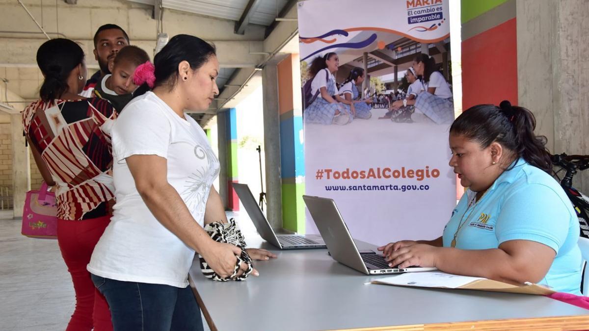 """""""Todos al Colegio"""" busca garantizar derecho a la educación de 248 niños que están por fuera del sistema educativo en el Distrito"""