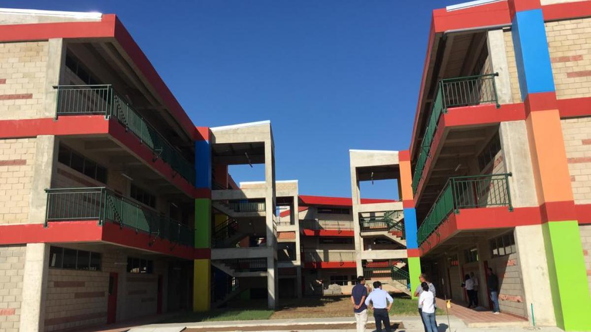 """""""Estudiantes de la sede IED Industrial estrenaran nueva infraestructura"""": Alcalde"""