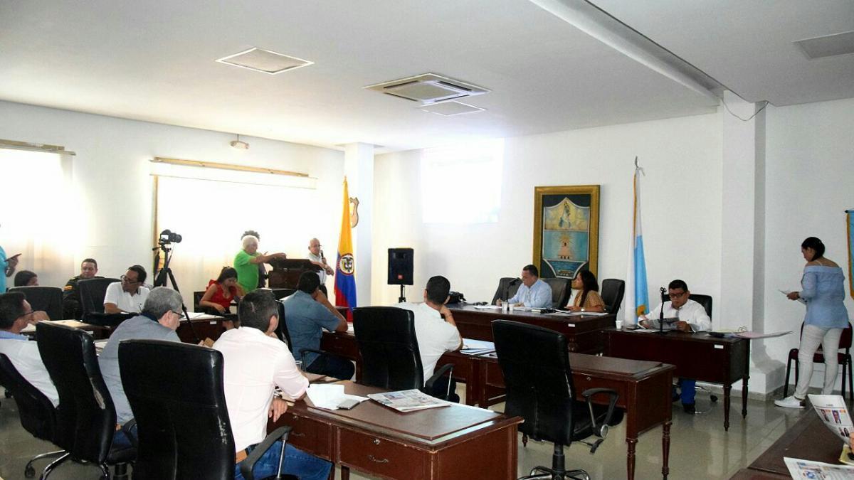 Distrito anuncia investigación para determinar denuncias contra guardianes de la UDEP